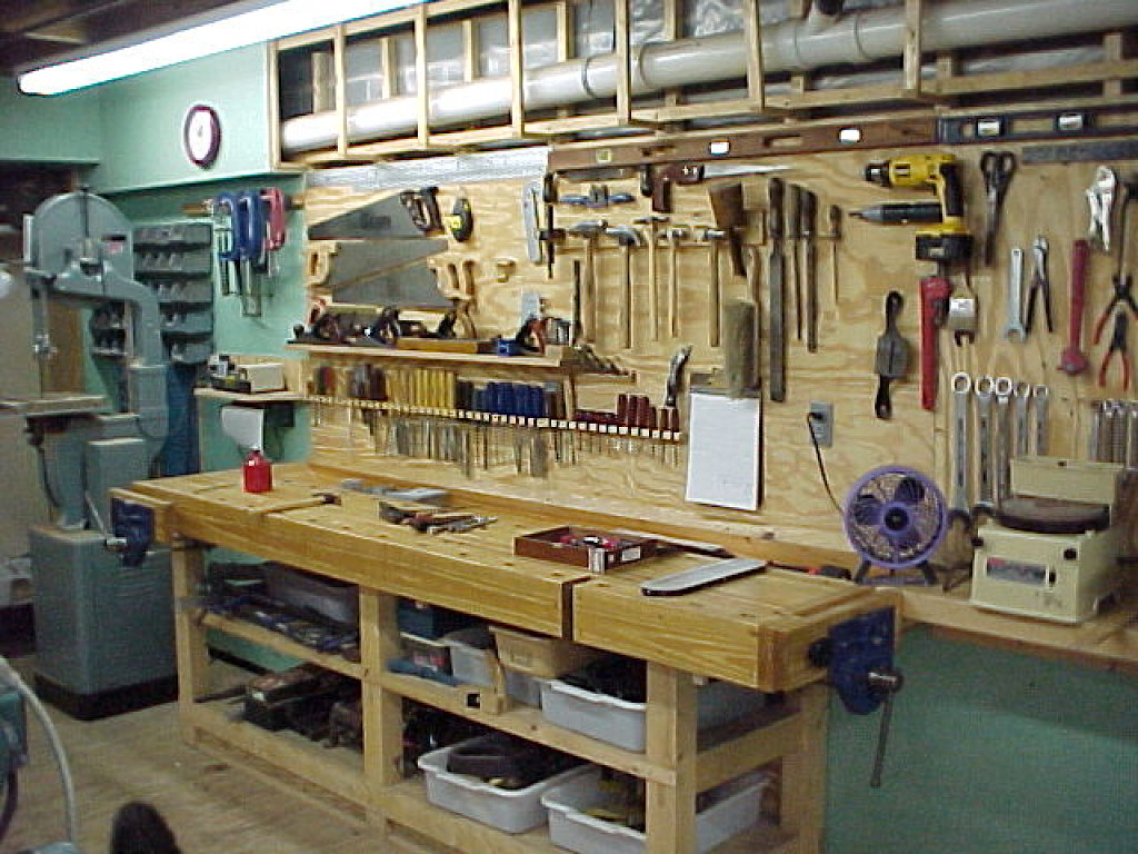 Que herramienta necesito para colocar un piso laminado - Mueble para herramientas ...